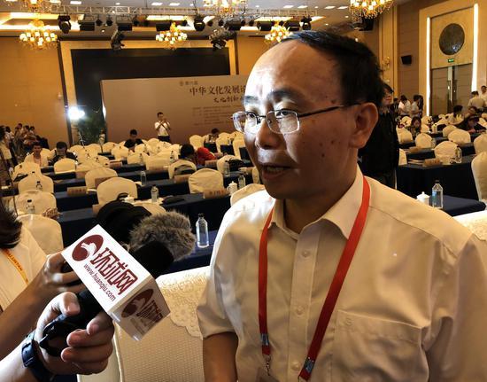 刘国深接受环球网记者采访