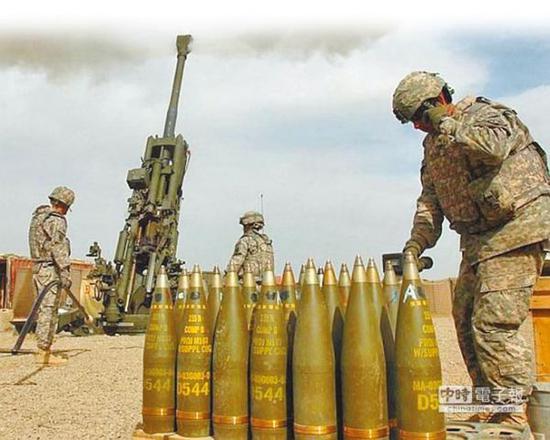 图为有GPS制导的M982 Excalibur精准炮弹。(摘自美国陆军网站)