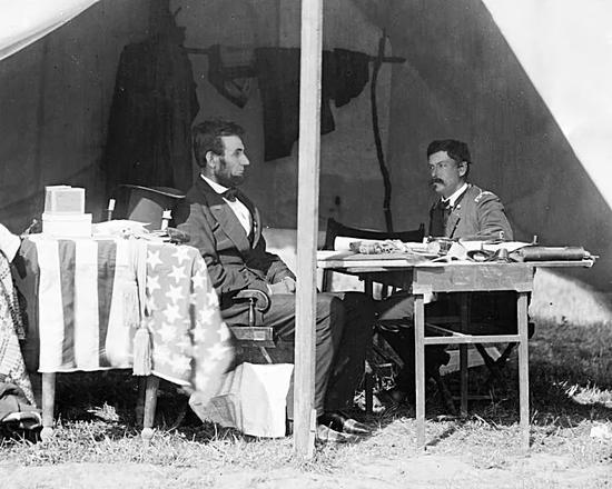 ▲林肯与麦克莱伦(维基百科)