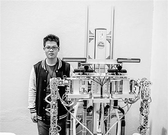 23岁男子开挂人生:博士毕业成达摩院最年轻科学家