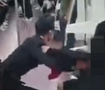 地铁女乘客被拖拽