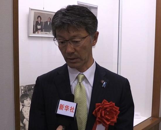 樱井雅浩接受采访。(视频截图)
