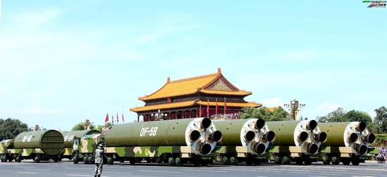 """""""东风-5B""""洲际弹道导弹"""