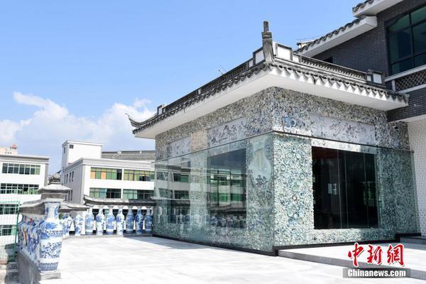 一颗扣子南京品牌策划有限公司企业证书