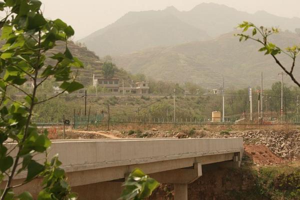 湖北鹤峰躲避峡突发山洪致9人死亡、4人失联,救出61人