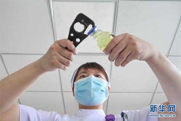 stationary scissor lifts