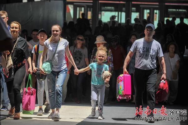 习近平绿色箴言妙喻美丽中国