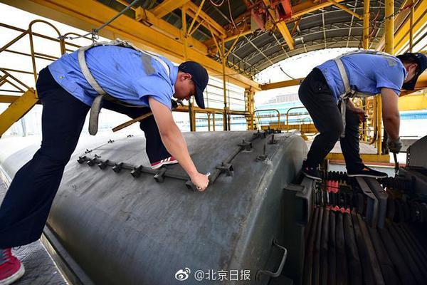 剑指美以坦克!伊朗公布三种反坦克导弹,一款改装自中国防空导弹
