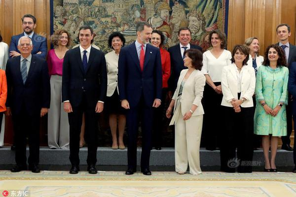 习近平同巴西联邦共和国总统举行会谈 两国元首一致同意推动中巴全面战略伙伴关系取得新的更大发展