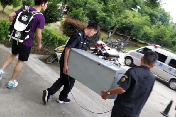 中国代工厂:末路重生