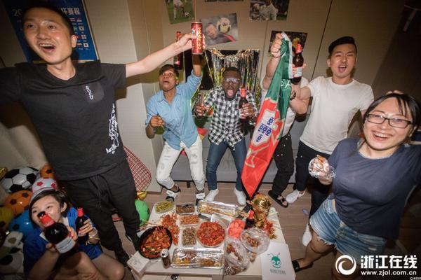韩代表团在奥运村挂抗日横幅 国际奥委会裁定挑衅