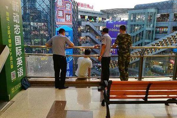 珠宝黄金品牌现在盯上中国小镇青年