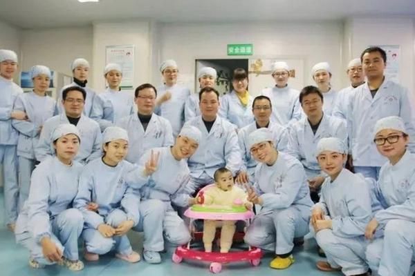全球疫情动态:中国以外新冠肺炎累计确诊超34万例