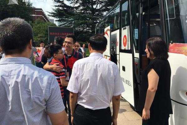 特鲁多欢迎安倍来访,口误将日本说成中国
