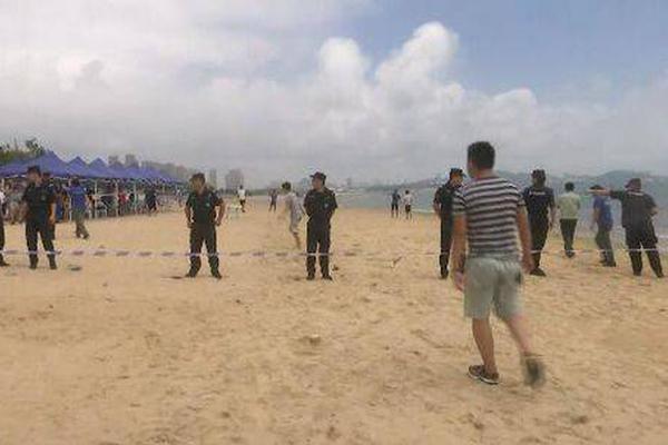 探访北京农村战疫:严格管控翻越高速护栏绕站进京人员