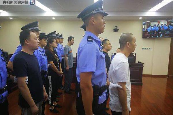 """杭州警方:""""声称将在西湖区恶意传播性病""""男子已被刑拘"""