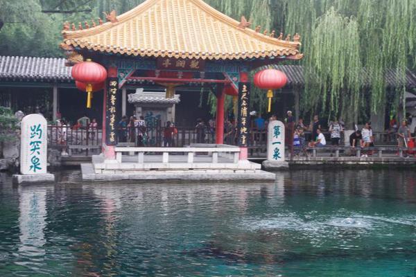 北京西郊线五一预计迎客22万人次 巴沟站增临时摆渡车