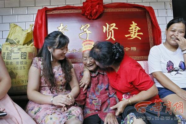 中国首款肿瘤电场治疗上市 胶质瘤患者关爱平台同步启动