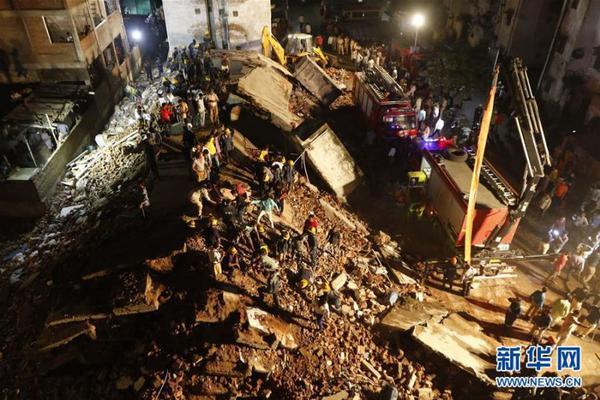 5岁男童从17楼坠亡:事发时爸妈都在家