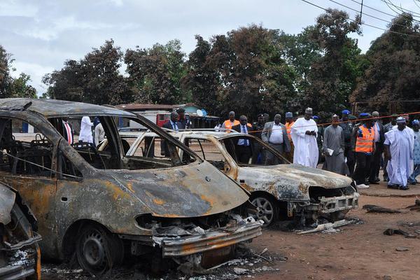 沈阳一货车与客车相撞 已致8人死亡 部分人员受伤