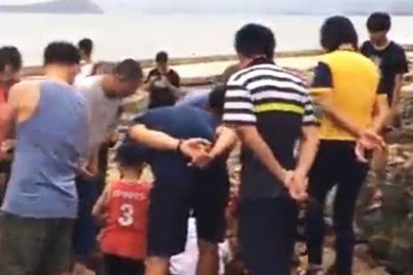 大连vs香港明星足球队NBA98直播