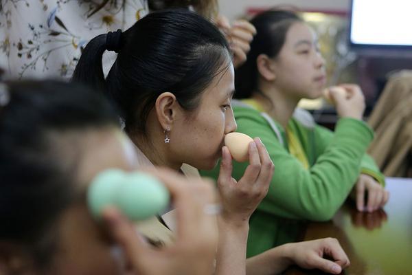【元开户足球】瑞媒称中国游客事件或由中方故意导演 中使馆驳斥