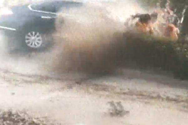 210国道铜川段附近一工地起大火 已有7辆消防车赶往现场