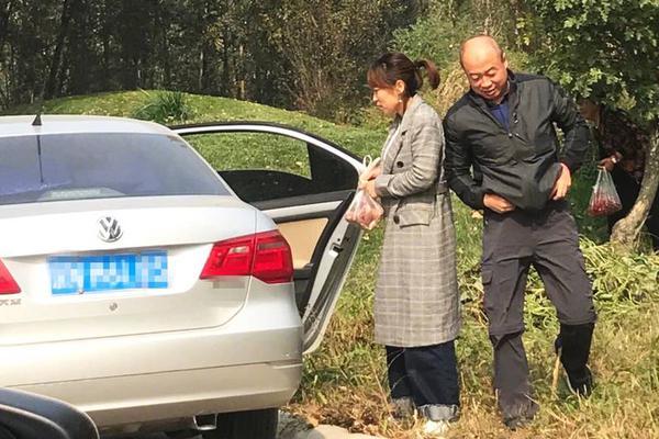 倪妮评价张震黄觉廖凡:一个暖,一个文艺