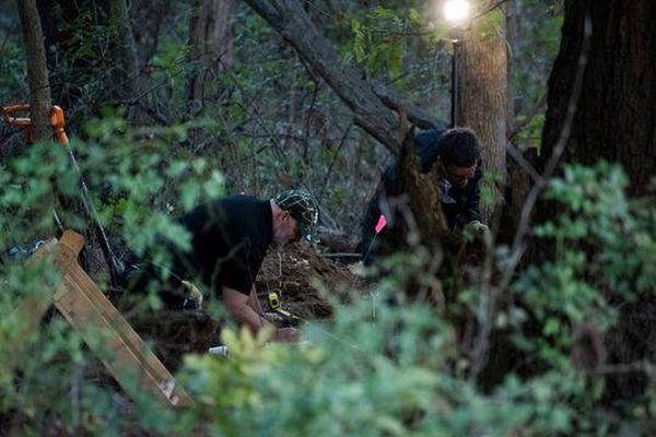 美国媒体报道称被害者弗洛伊德与暴力执法警察曾是同事