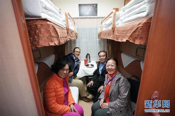 内蒙古一民间救助站28条流浪狗被投毒 工作人员:半数已死亡