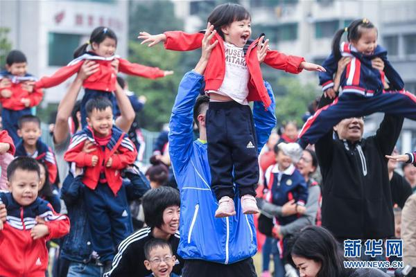 香港过半受访家长曾打子女
