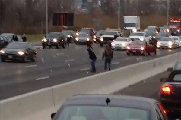 电子警察全面升级7项抓拍 司机们注意了