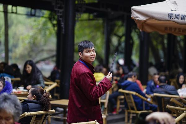 北京:对居家隔离和集中医学观察人员进行全面检查