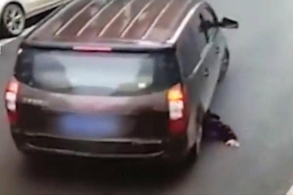 are car scissor lifts safe