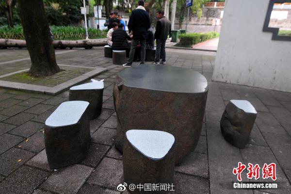 赵斌14075期双色球推荐号码