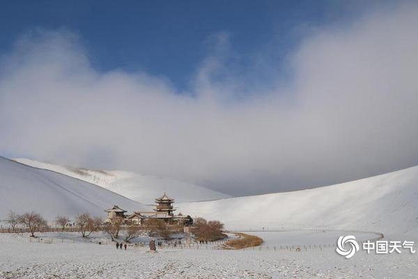 西藏日喀则 领略高原深处的春耕美景