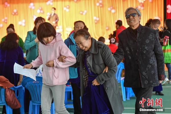 习近平总书记在深度贫困地区脱贫攻坚座谈会上的重要讲话引起强烈反响
