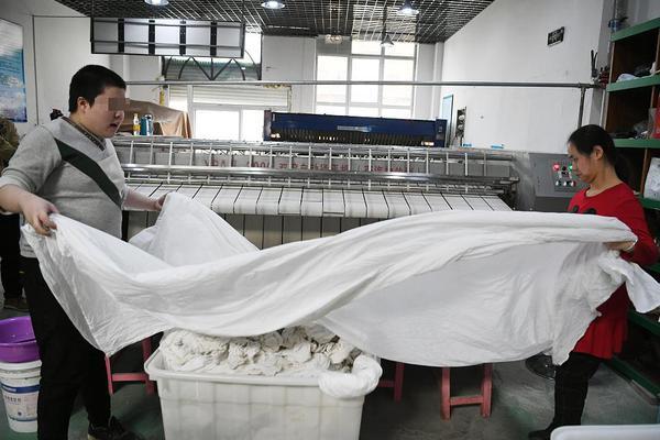 北京西城大爷从ICU转回普通病房:最感谢的人是医生