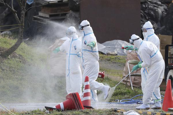 煤气爆炸致4岁男孩双手截肢 爸爸哥哥死亡,妈妈悄悄离开