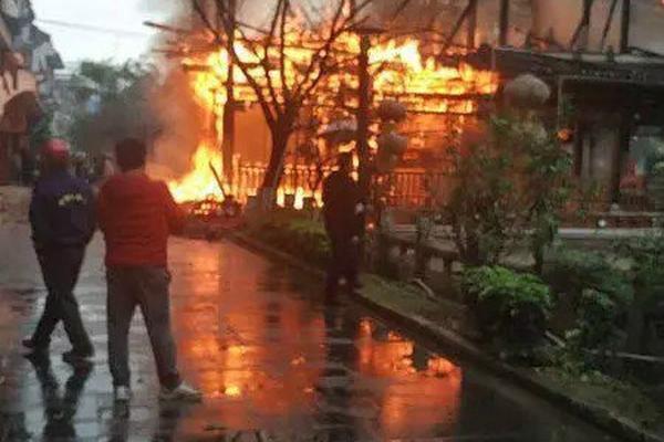 云南昭通山体垮塌致1人遇难,视频拍下垮塌瞬间