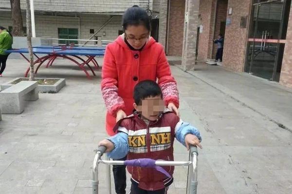 CNN:中国疫苗挽救了许多生命