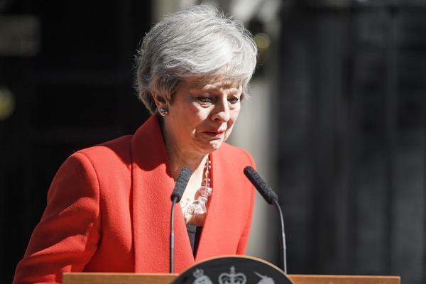 英国首相特雷莎·梅含泪宣布将于6月7日辞职