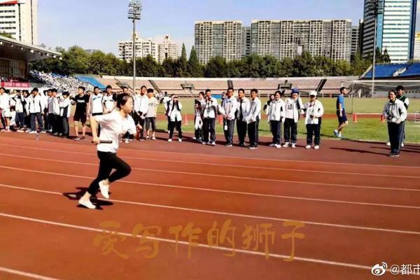 广东江门破获37亿元走私坚果大案