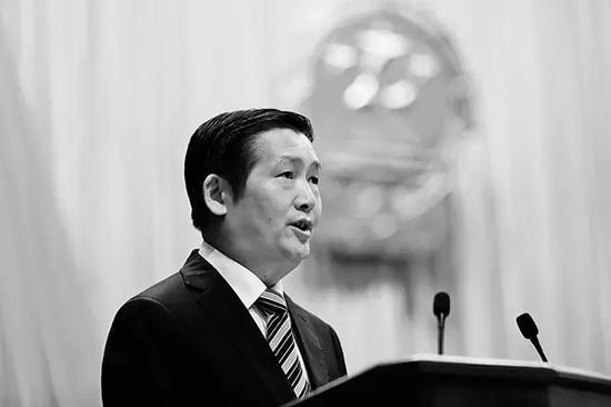 落水身亡的柳州市市长肖文荪