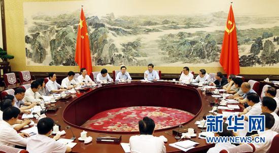 2013年 6月22日至25日,中共中央政治局召开专门会议,习近平总书记主持会议。资料图。