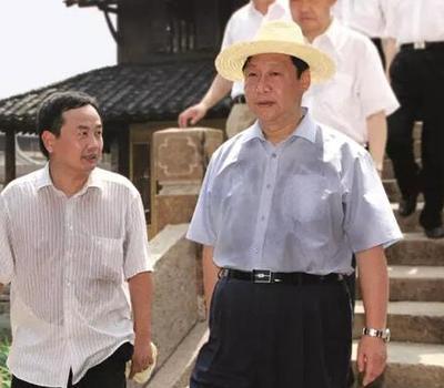 习近平在演讲中说,我曾经在浙江工作多年,多次来过乌镇,我很喜欢这个地方。