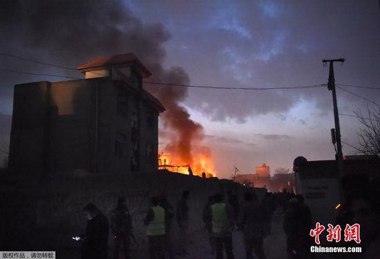 阿富汗首都一法国餐厅遭炸弹袭击
