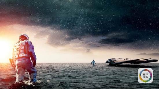 不过,把引力波的发现用于科幻迷们期待已久的时空穿越和星际通信,还需漫长的等待。