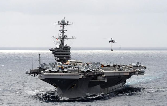 """资料图片:""""斯坦尼斯号""""核动力航空母舰"""