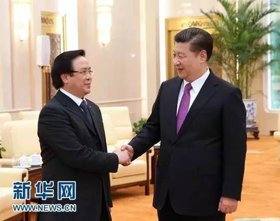 2月29日,中共中央总书记、国家主席习近平在北京人民大会堂会见越共中央总书记阮富仲特使、中央对外部部长黄平君。 新华社记者 庞兴雷 摄